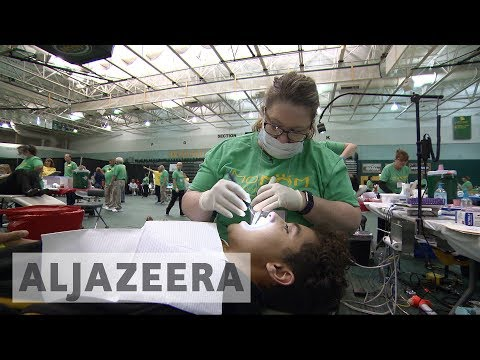 US charity gives uninsured Americans free dental care