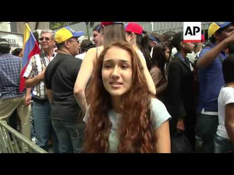 Anti-government protests continue in Caracas and Maracaibo