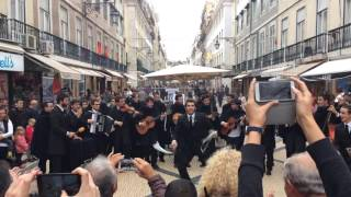 Amazing street performance in Lisbon, Portugal