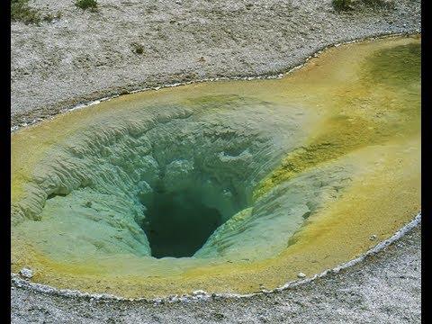 "Urgent: ""Yellowstone Supervolcano  100 Foot Fissure Opens"""