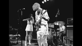 "Blonde Redhead - ""Elephant Woman"" live in Nashville"
