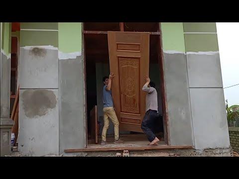 Cửa gỗ đẹp , lắp cửa chưa có bậc tam cấp, cửa 2cánh
