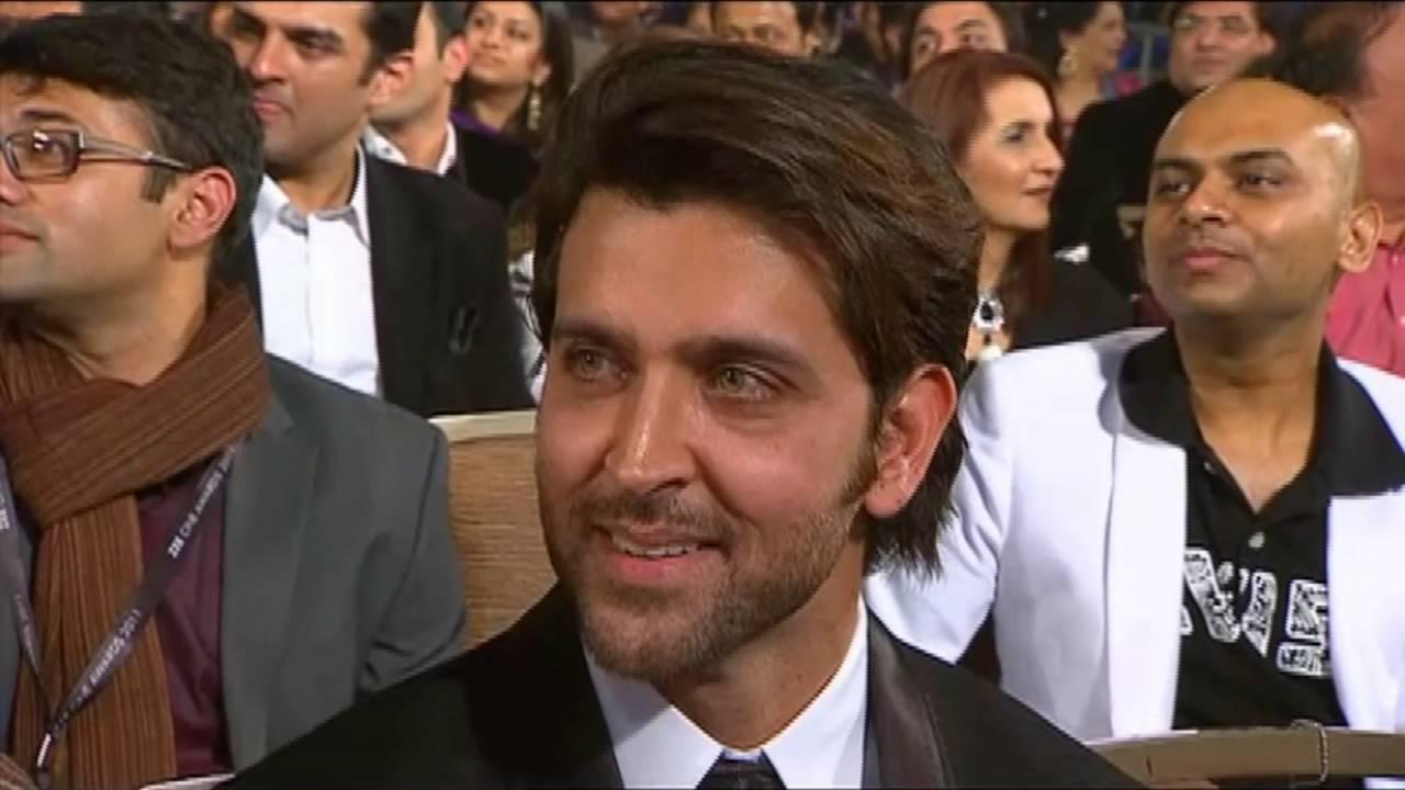 Download Shah Rukh Khan Dance at Zee Cine Awards 2011