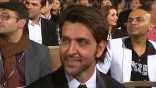 Shah Rukh Khan Dance at Zee Cine Awards 2011