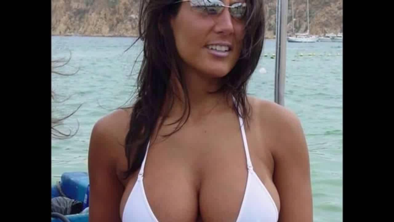 Bikini milf videos