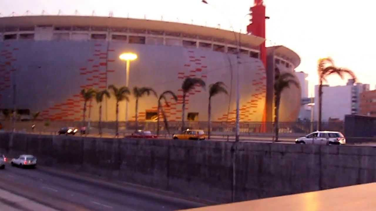 Estadio nacional del per lima exteriores youtube for Puerta 9 del estadio nacional de lima