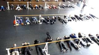 http://gigazine.net/news/20100503_shiki_lesson/ 劇団四季のバレエと発声法のレッスンをじっくり見学、演技の基礎はここから生まれる - GIGAZINE.