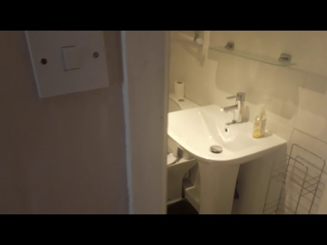 1 Ensuite Bedroom Available - Women Only Main Photo
