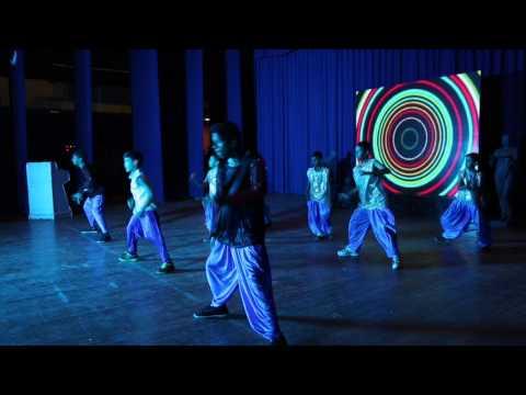 chimni udali maza popat pisatla: Dancer Sahil Margaje.