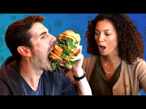 Thumbnail: Friends Try Eating One Of The Biggest Burgers In New York