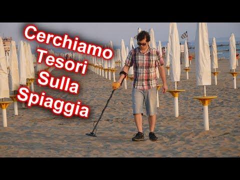 Cerchiamo Tesori sulla Spiaggia con il Metal Detector