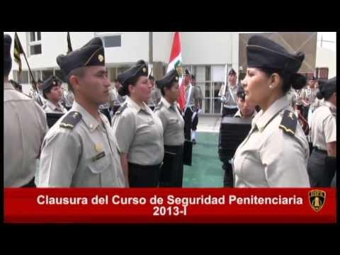 Primera promoción de licenciados del ejército se gradua en el Cenecp