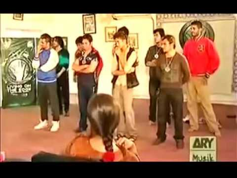 Girls Undress Boys In Waqar Zaka Show thumbnail