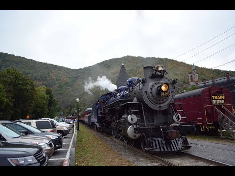 Reading & Northern #425 Railfan Special Steam Autumn Leaf