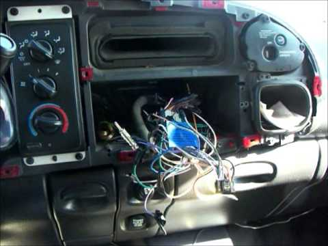 Radio Wire Clean Up | Wiring Car Stereo | Elite Rejects - YouTube