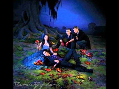 The Vampire Diaries 3x04 - Disturbing Behavior (songs) - Cults - Go outside