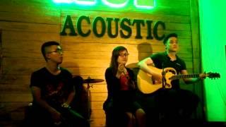 Thuý Hồng hát tặng 1 người bạn - Cafe HUP Acoustic