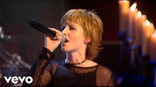 The Cranberries performing Analyse All rights reserved.