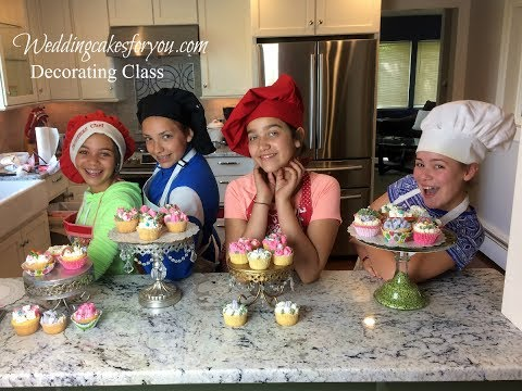 Cake Decorating Class With Lorelie