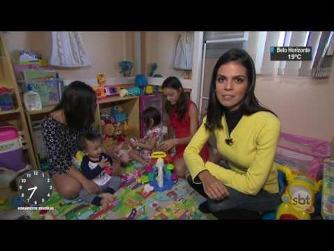 Mãe faz fotos do bebê com seringas usadas durante a gravidez - SBT Brasil (12/05/17)