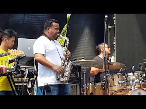 Glenn Fredly 'KU TAK BISA' punya Slank. Jazz version soundcheck on Bajafash2018 at Batam, Indonesia