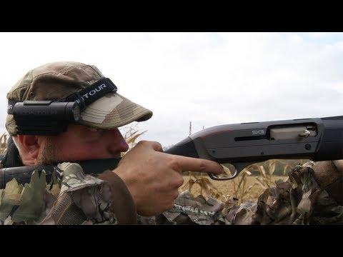 Fieldsports Britain - Kristoffer Clausen eats fox + chasing rabbits with lurchers