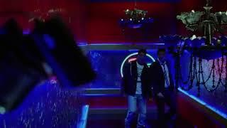 Sunjay dutt entry scene :Desi Boys