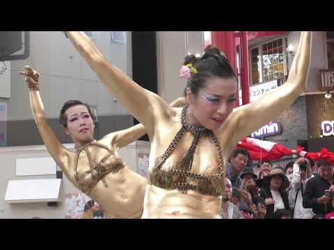 【4K】第41回 (2018年) 大須大道町人祭 金粉ショウ/金粉ショー 大駱駝艦 Street performance bodypainting butoh dancers DAIRAKUDAKAN