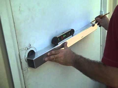 how does a panic door work 2