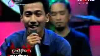 Download www stafaband co   Coffee Reggae Stone feat  TIME   Pasir Putih Live @RadioroadShow   tvOne