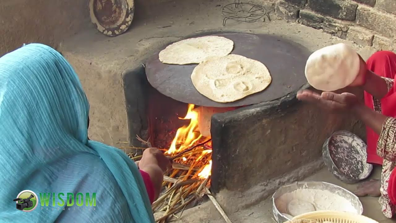 learn how to make bread called chapati or roti in punjabi