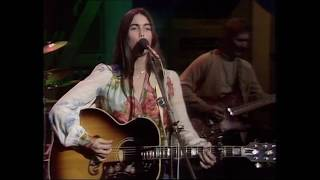Watch Emmylou Harris Amarillo video