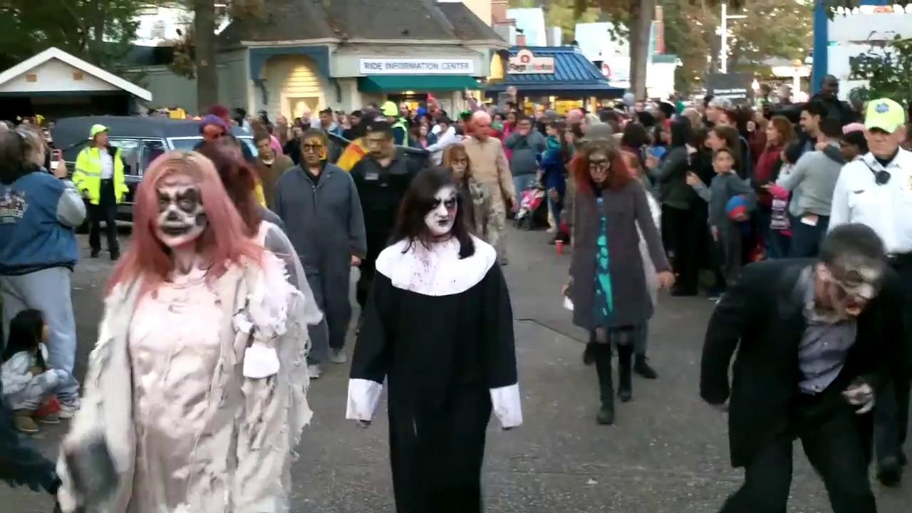 Six Flags Great Adventure Fright Fest The Awakening October 23, 2016