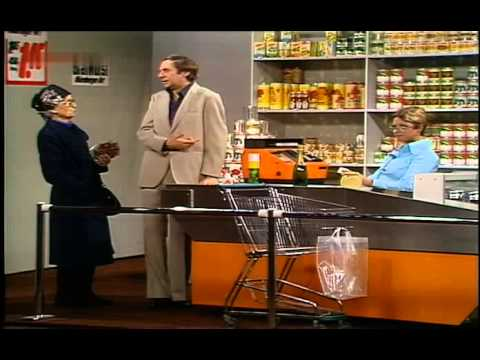Grit Böttcher & Harald Juhnke  An der Supermarktkasse 1977
