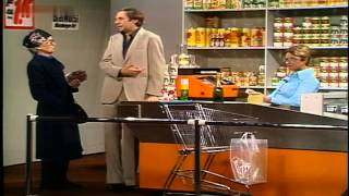 Grit Böttcher & Harald Juhnke - An der Supermarktkasse 1977
