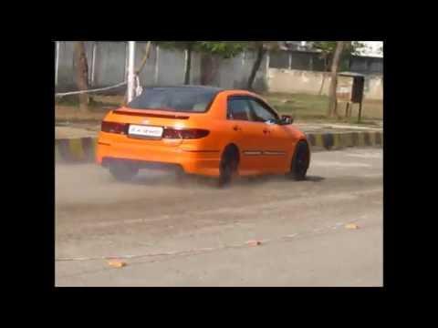 Custom Exhaust Cars in Delhi ( Drag Racing )