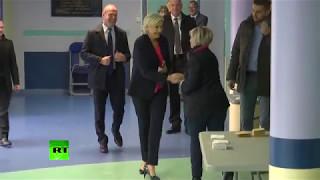 Ле Пен и Макрон проголосовали во втором туре президентских выборов во Франции