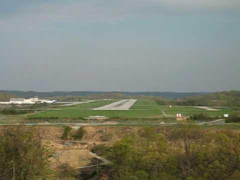 Hawker 800 Takeoff Huntington Tri State Airport Huntington