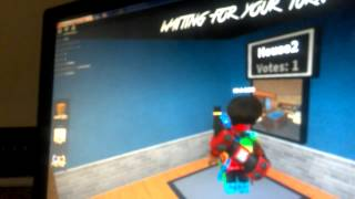 ! Honaz is playing murder mystery 2 on Roblox I'm a YouTuber I'm mostly on roblox alot