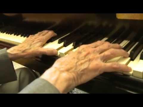 FRANK PERRY: Träumerei (Schumann)