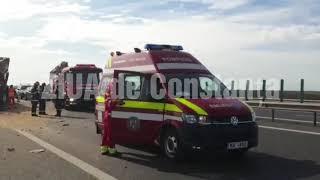 Accident rutier pe A4 între două tiruri. Două persoane rănite