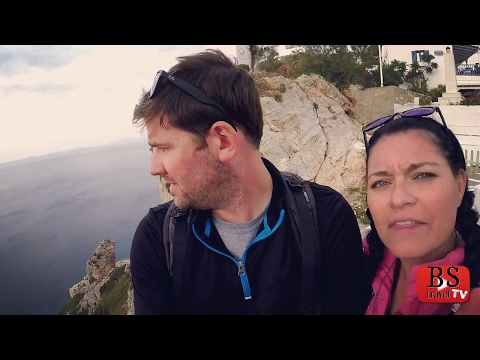 S3 E6: They look a little GHETTO. Folegandros, Greece Travel Guide