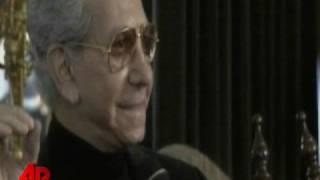 Fashion Critic, Mr. Blackwell, Dies