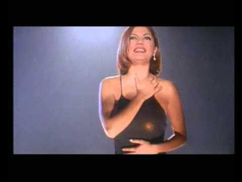 İzel - Yakışıklım (Official Video)