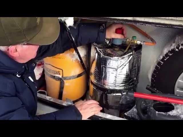 Nordkapp Vintertur 2015 - Video 14 - Gasflasker