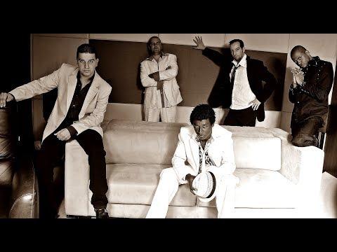 BEIJA FLOR - Quinteto em Branco e Preto