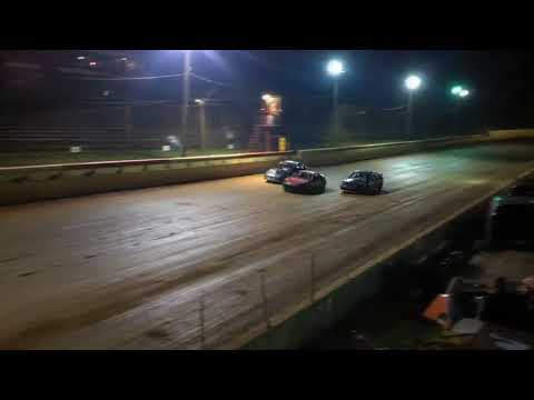 Brad Cross feature 10 27 12 Cleveland Speedway