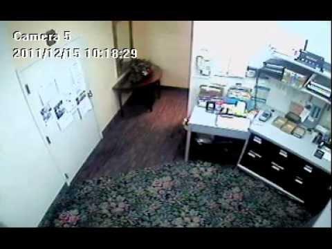 Shulers Jewelers Robbery 12-15-2011 Back Room.mpg