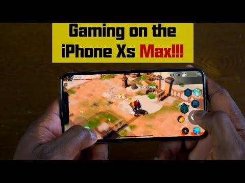 gaming-on-the-iphone-xs-max!!!