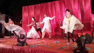 Bride and Goom Romantic Couple Dance || Mahila Sangeet || Romantic Song Perody